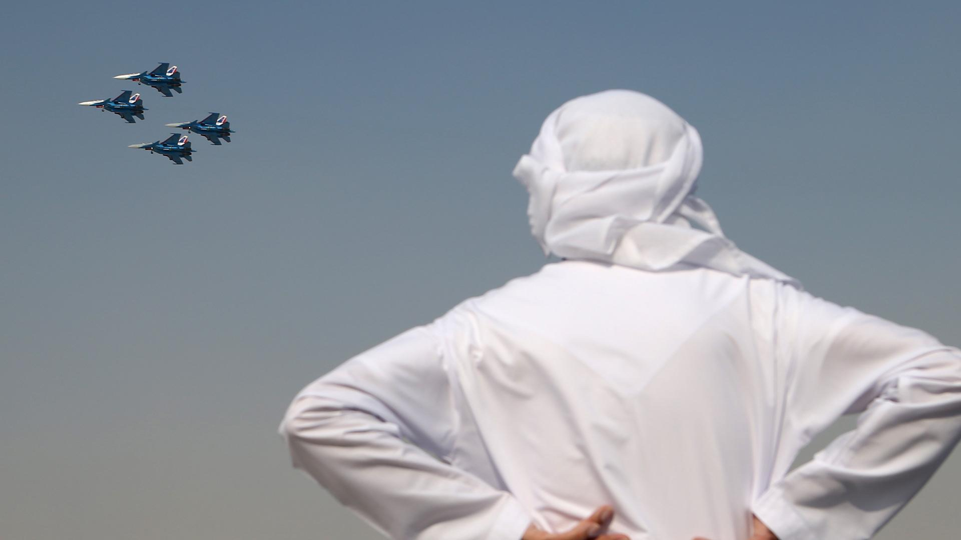 الإمارات وإسرائيل .. تطبيع جوي