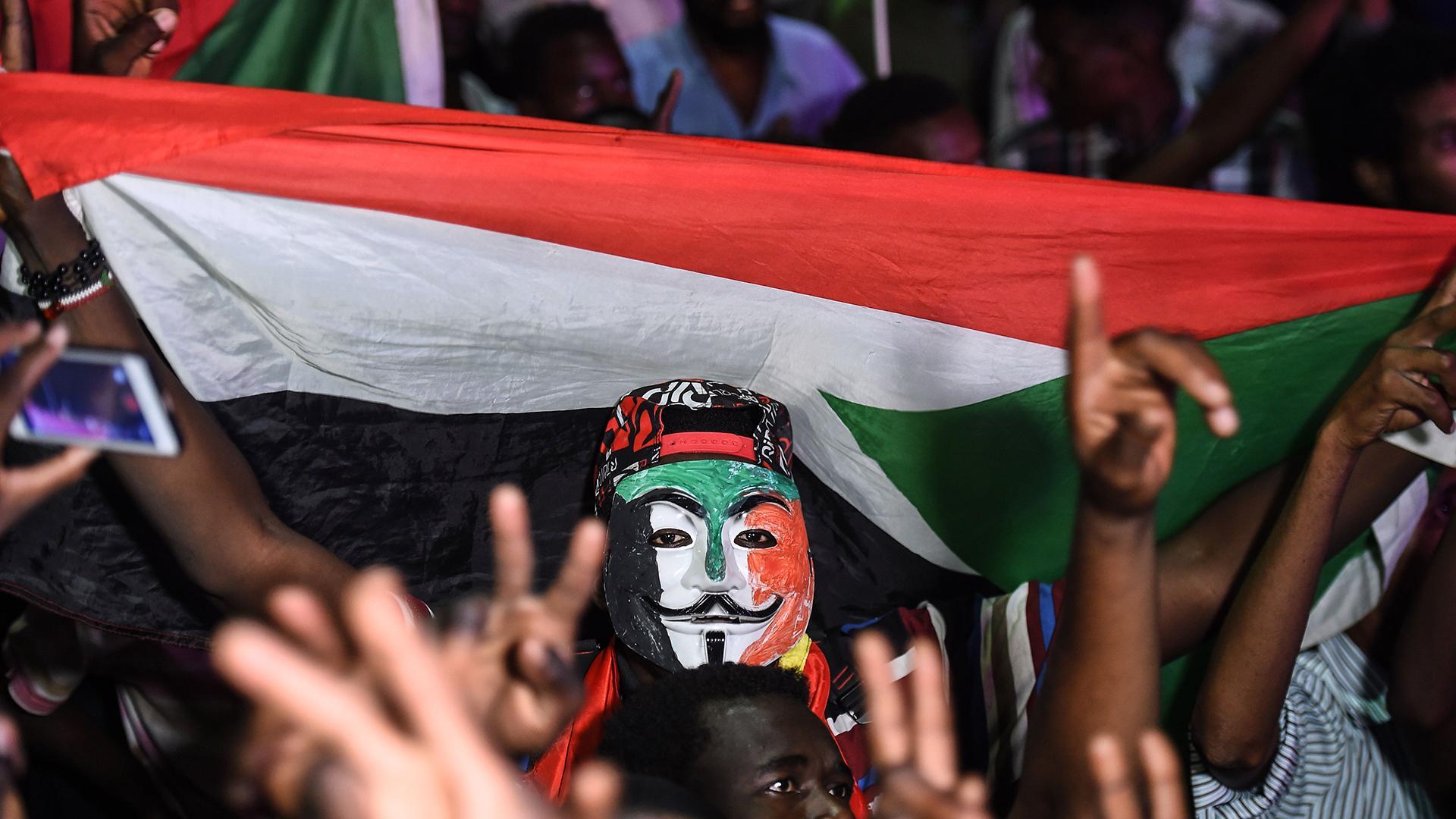 السودان .. استمرار الاعتصام