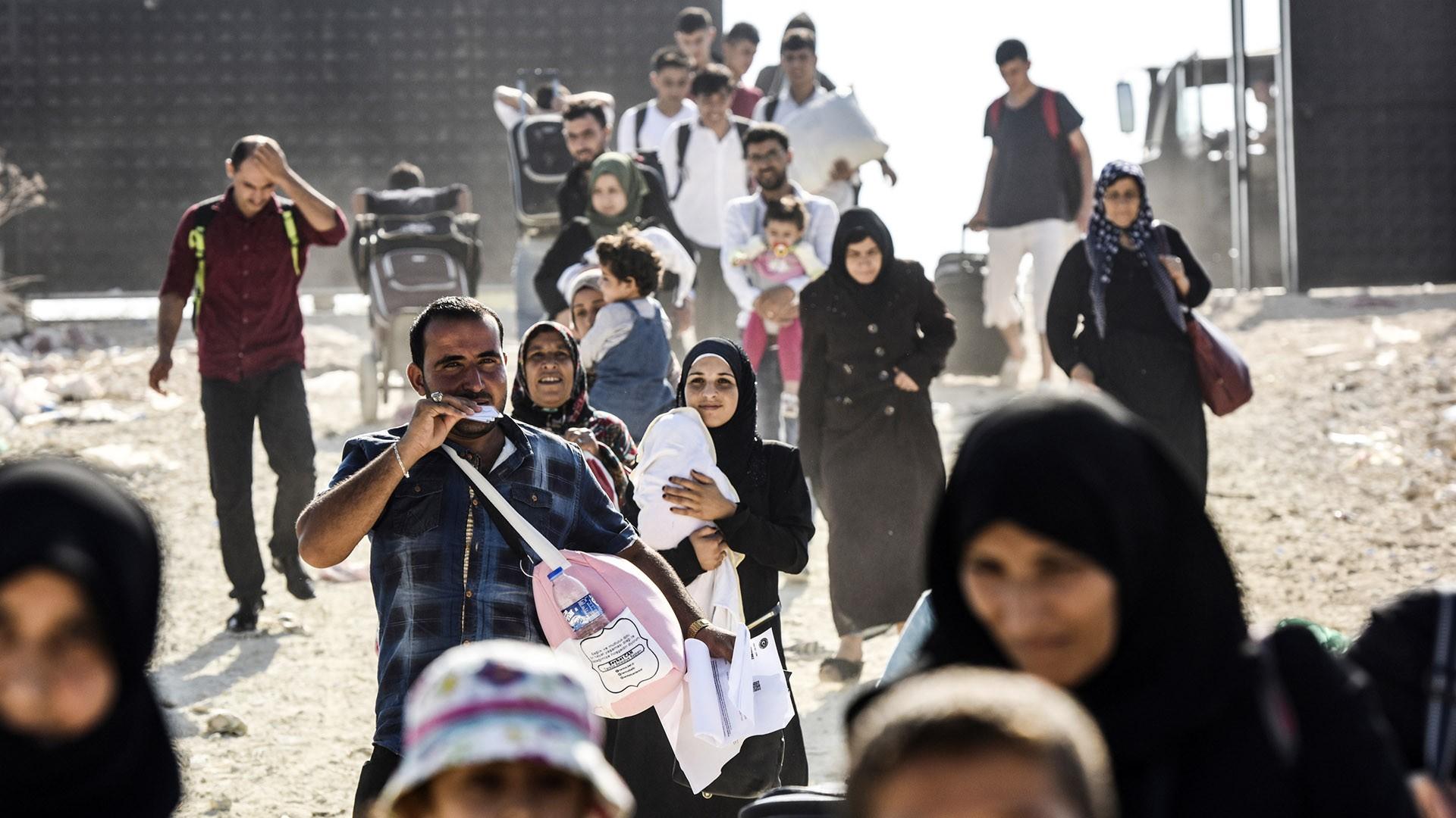 ترحيل السوريين من تركيا