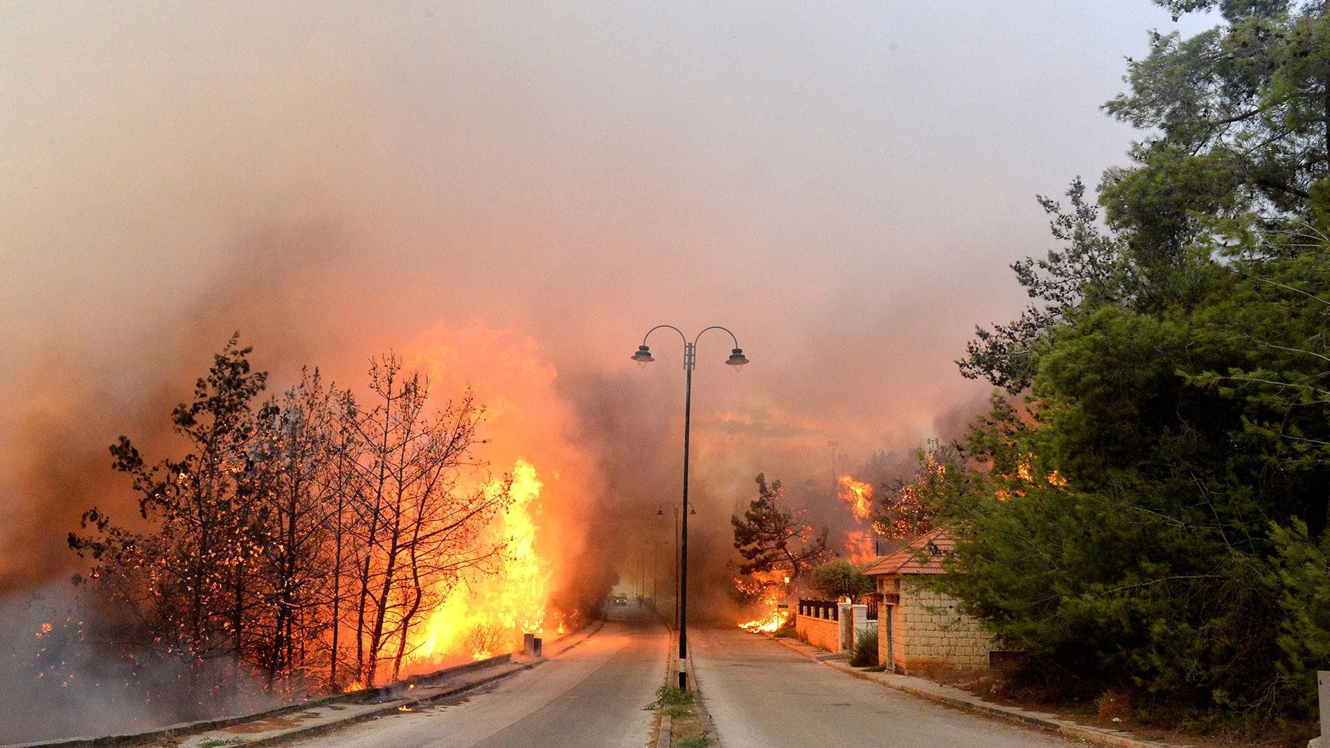 لبنان .. استمرار الحرائق