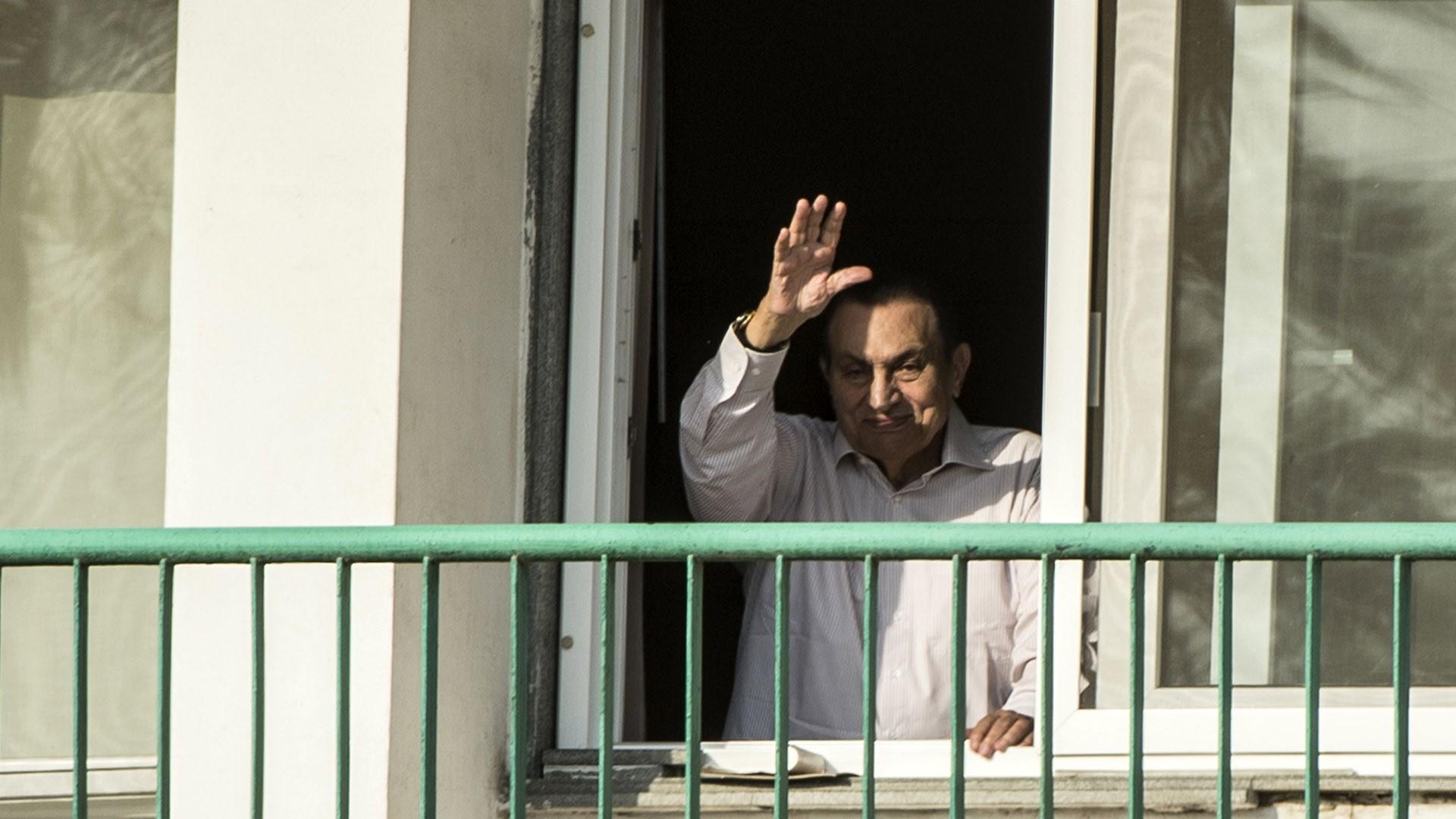 مبارك-يروي-شهادته-حول-حربي-67-و73