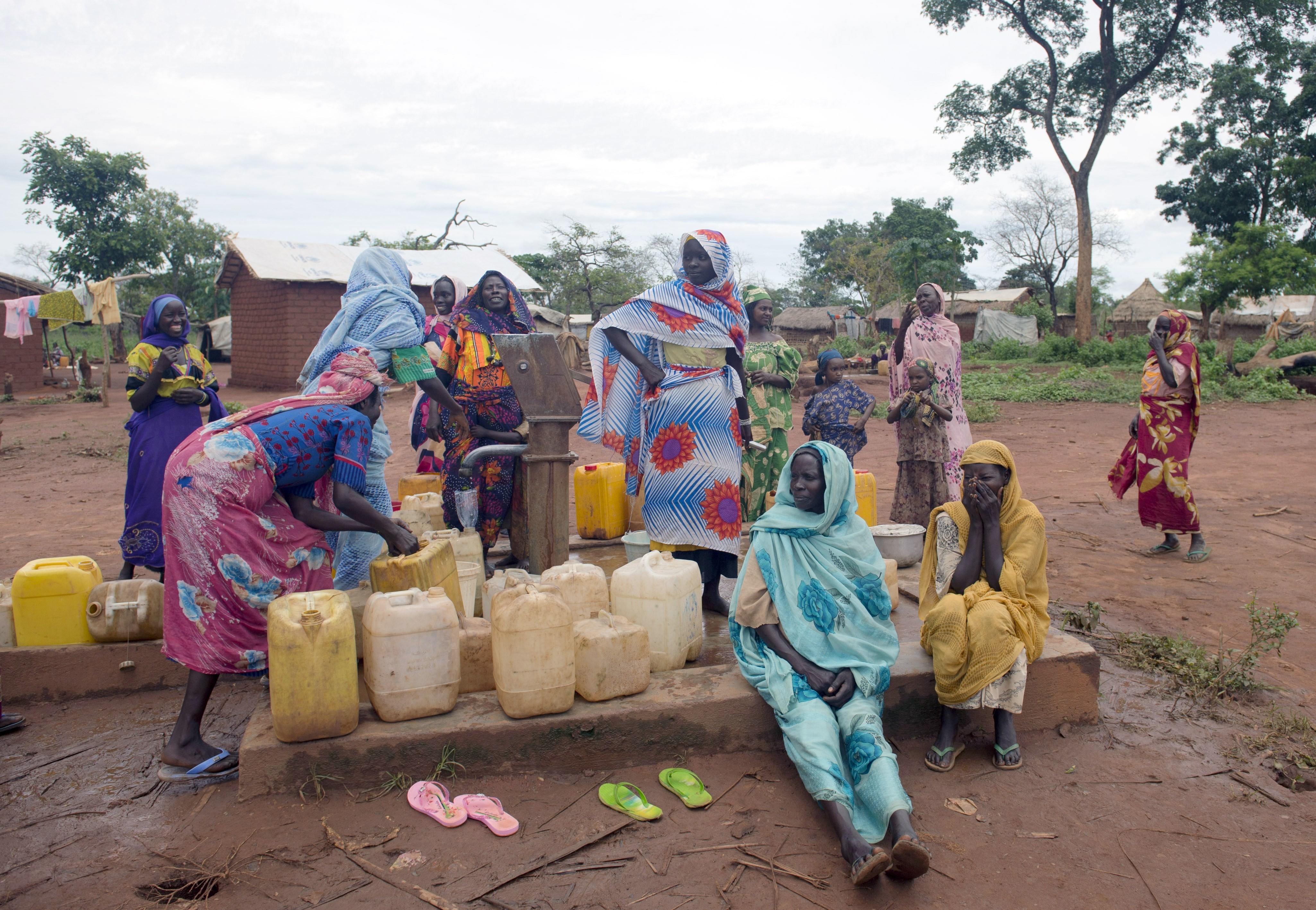 اقليم-دارفور--..-أوضاع-ومعاناة-اللاجئين
