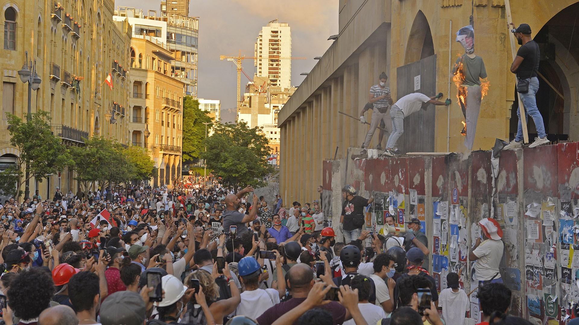 لبنان .. ارتدادات انفجار بيروت
