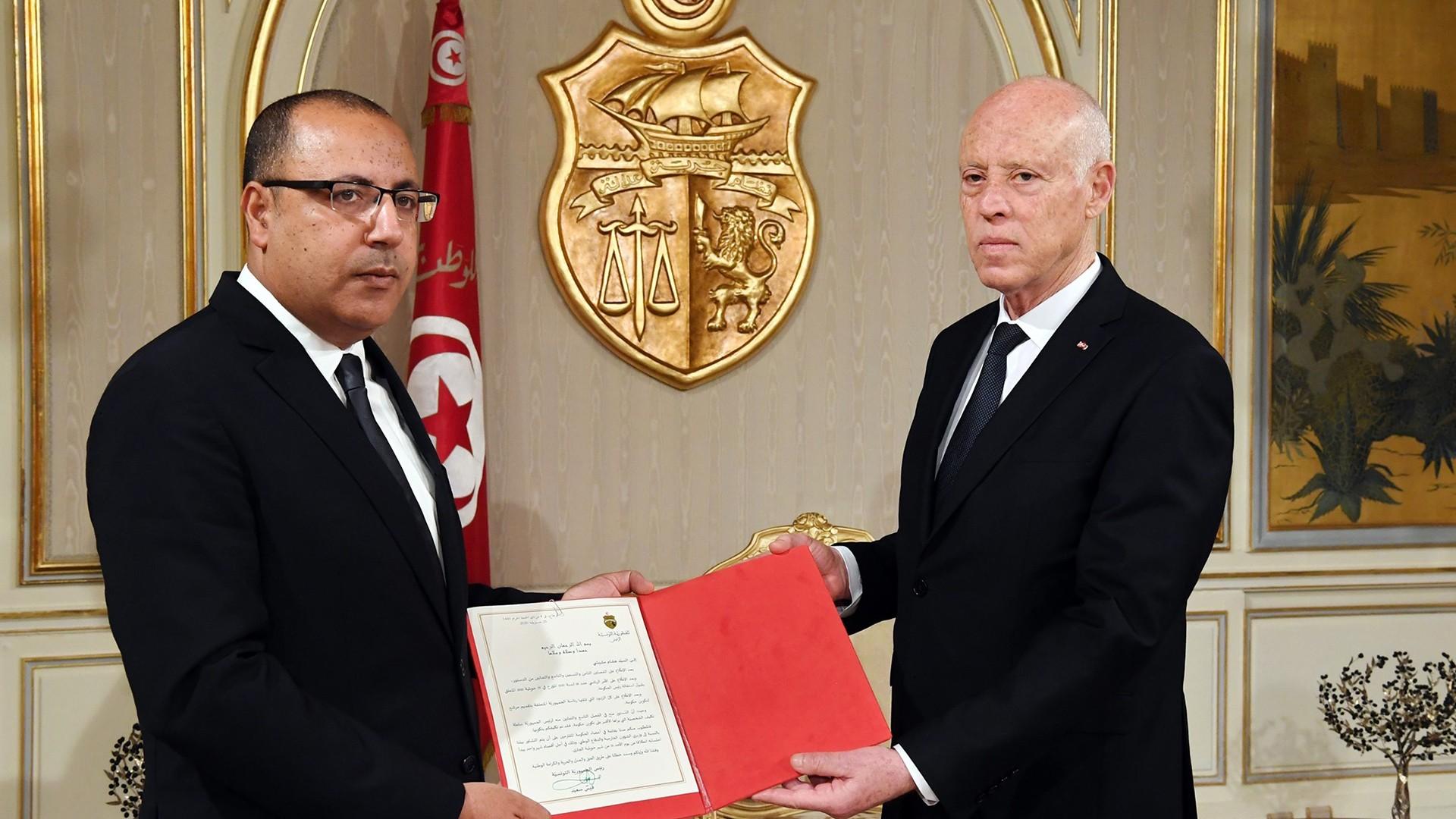 جدل تشكيل حكومة تكنوقراط في تونس