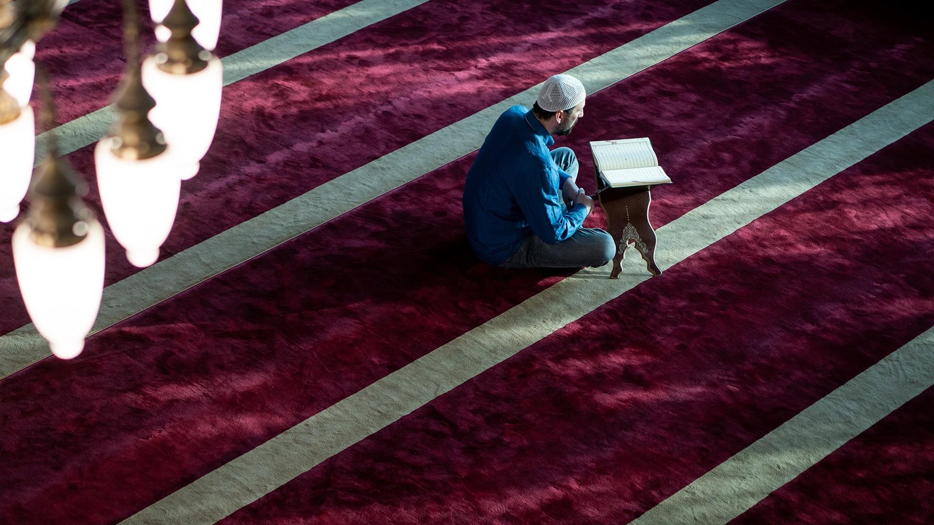 هل-يعاني-الإسلام-من-أزمة